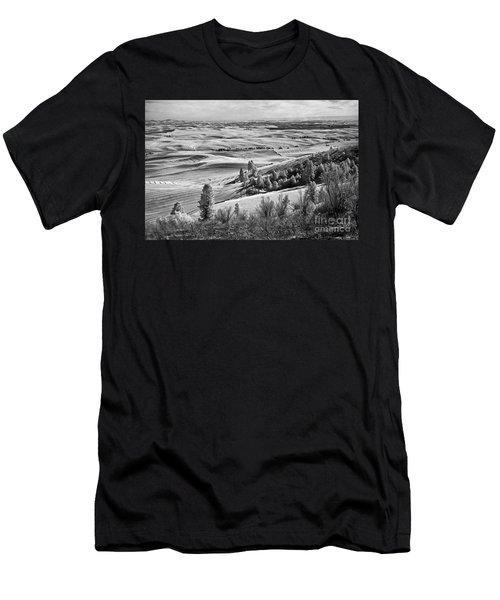 Men's T-Shirt (Slim Fit) featuring the photograph Wheatfields Of Kamiak Butte by Martin Konopacki