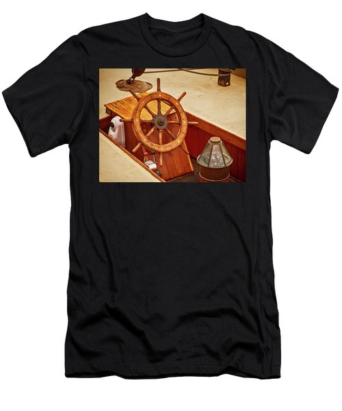 Wheel And Compass 2 Men's T-Shirt (Athletic Fit)