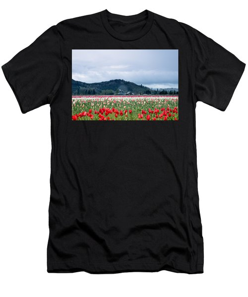 White Pass Highway With Tulips Men's T-Shirt (Athletic Fit)