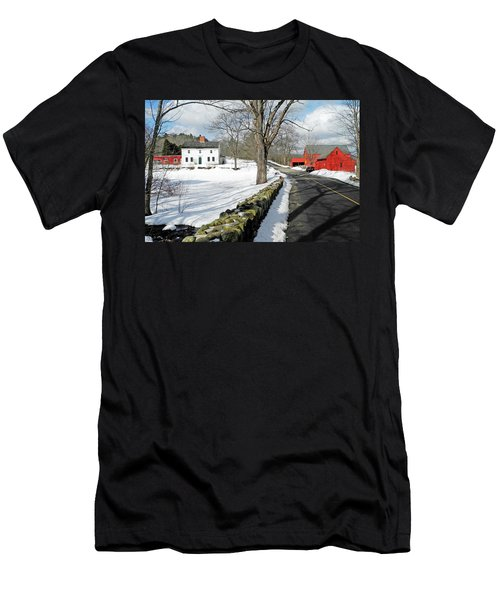 Whittier Birthplace Men's T-Shirt (Athletic Fit)