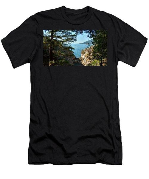 Whyte Cliff Park 2 Men's T-Shirt (Athletic Fit)