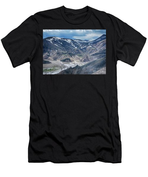 wild Iceland 3 Men's T-Shirt (Athletic Fit)