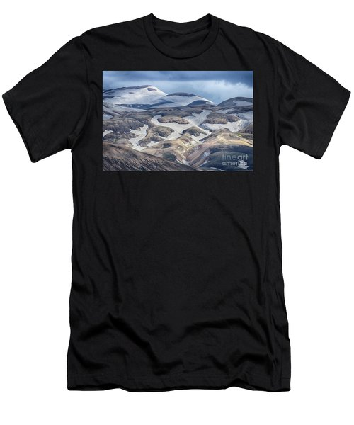 wild Iceland 4 Men's T-Shirt (Athletic Fit)