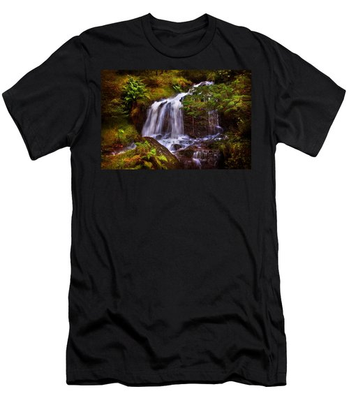 Wilderness. Rest And Be Thankful. Scotland Men's T-Shirt (Athletic Fit)