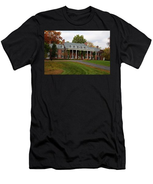 Wildwood Manor House In The Fall Men's T-Shirt (Athletic Fit)