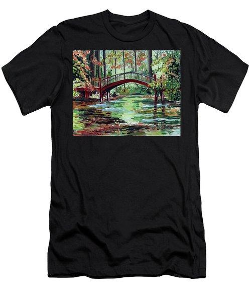 William And Mary Crim Dell Bridge Men's T-Shirt (Athletic Fit)