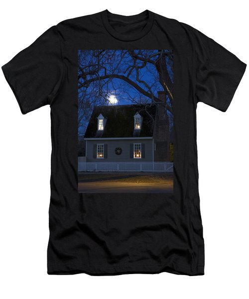 Williamsburg House In Moonlight Men's T-Shirt (Slim Fit) by Sally Weigand