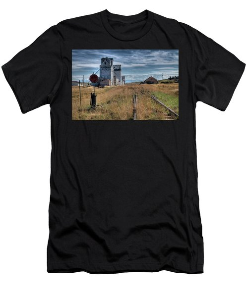 Wilsall Grain Elevators Men's T-Shirt (Athletic Fit)
