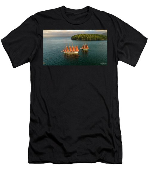 Windjammer Cruises  Men's T-Shirt (Athletic Fit)
