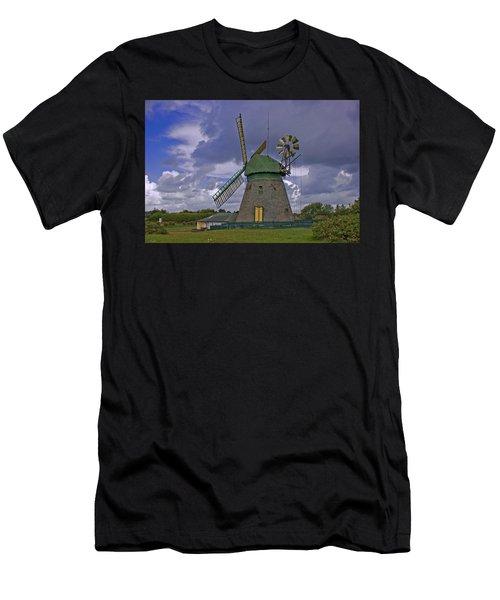 Windmill Amrum Germany Men's T-Shirt (Athletic Fit)