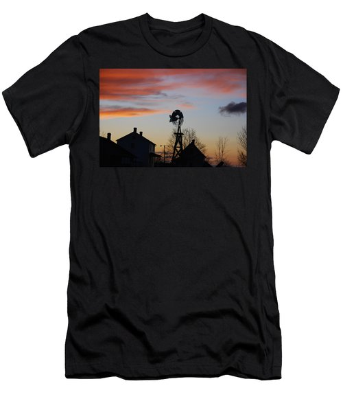 Windmill Sunset Men's T-Shirt (Athletic Fit)