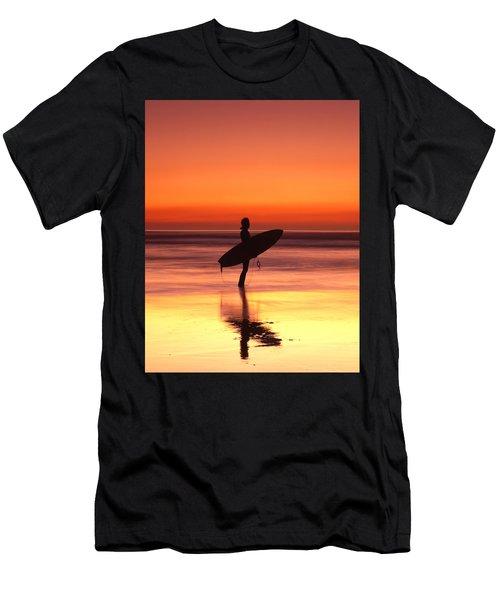 Windsurfer At Widemouth Bay, Bude, Cornwall Men's T-Shirt (Athletic Fit)