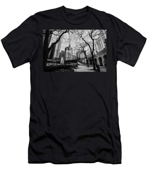 Windy Mornings In The Chi  Men's T-Shirt (Athletic Fit)