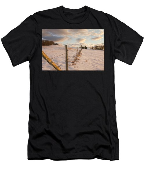 Winter Countryside Men's T-Shirt (Athletic Fit)