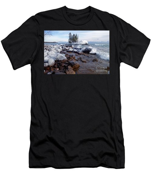 Winter Delight Men's T-Shirt (Athletic Fit)