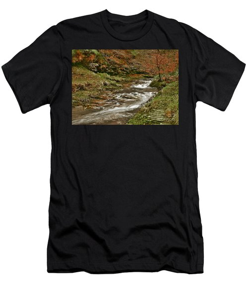 Winter Forest Stream Men's T-Shirt (Athletic Fit)