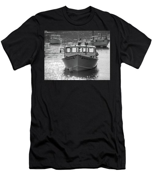Winter Harbor, Maine  Men's T-Shirt (Athletic Fit)