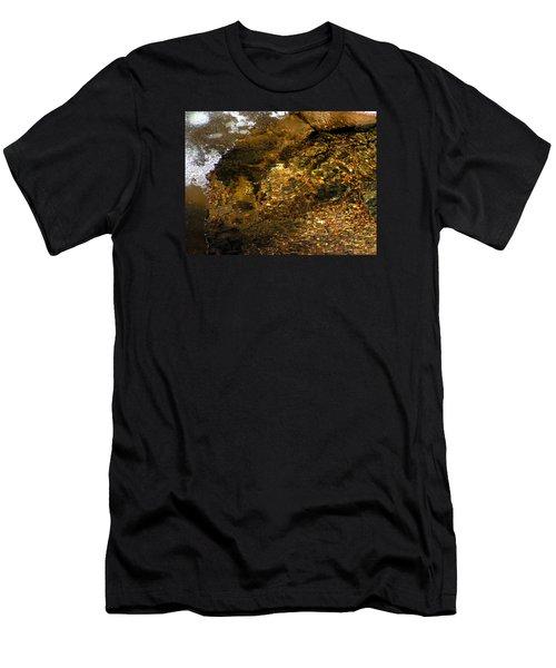 Winter Leaving Men's T-Shirt (Athletic Fit)