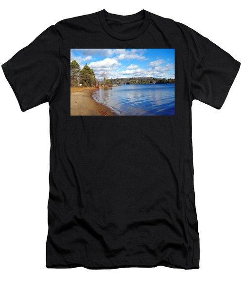 Winter Ontario Lake Men's T-Shirt (Athletic Fit)