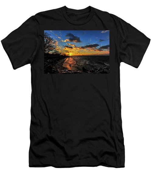 Winter Sunset On A Chesapeake Bay Beach Men's T-Shirt (Athletic Fit)