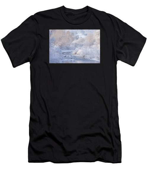 Winter Wonderland - Colorado Men's T-Shirt (Athletic Fit)
