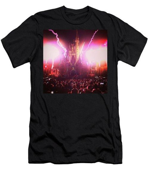 Illumination  Men's T-Shirt (Athletic Fit)