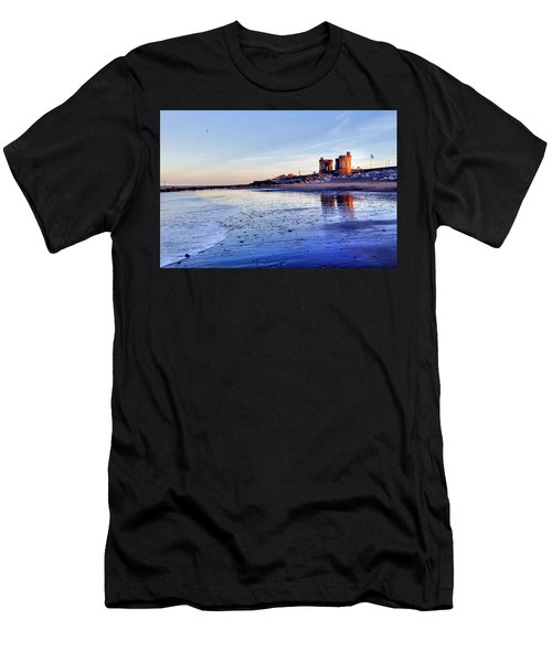 Withernsea Sunset And Moon Men's T-Shirt (Athletic Fit)