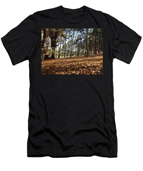 Woodland Carpet Men's T-Shirt (Athletic Fit)