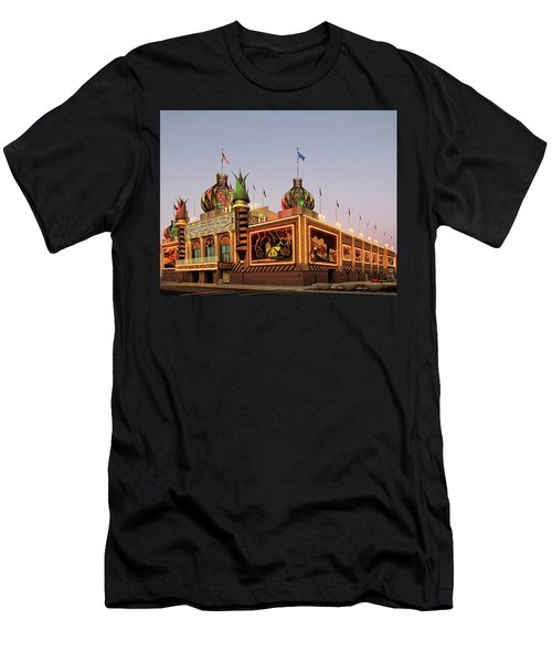 World's Only Corn Palace 2017-18 Men's T-Shirt (Athletic Fit)