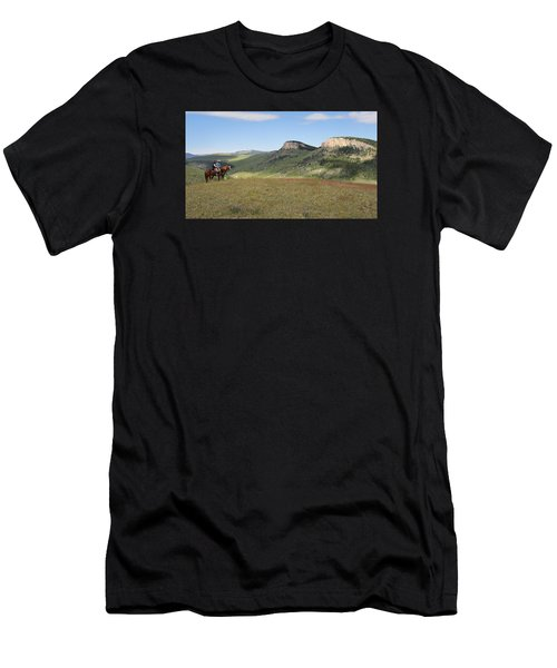 Wyoming Bluffs Men's T-Shirt (Athletic Fit)