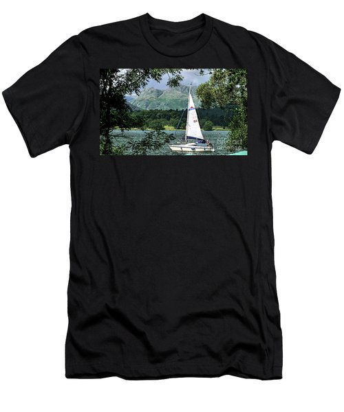 Yachting Lake Windermere Men's T-Shirt (Athletic Fit)