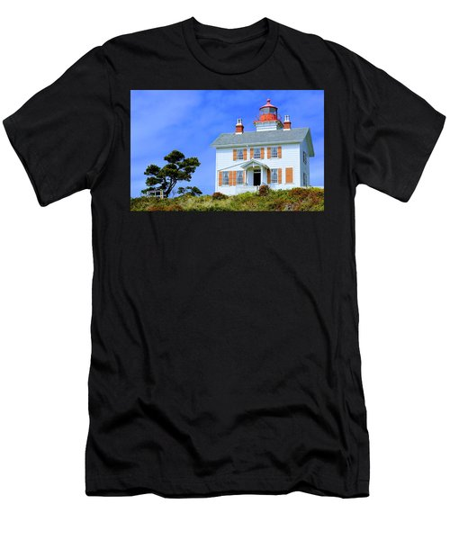 Yaquina Bay Lighthouse Men's T-Shirt (Athletic Fit)