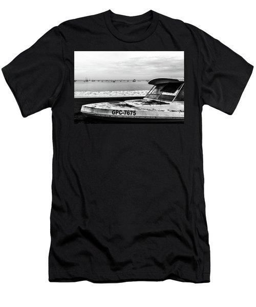 Yeah I Gotta Boat  Men's T-Shirt (Athletic Fit)