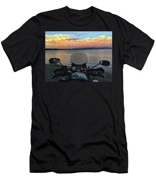Yellowstone Lake  Men's T-Shirt (Athletic Fit)