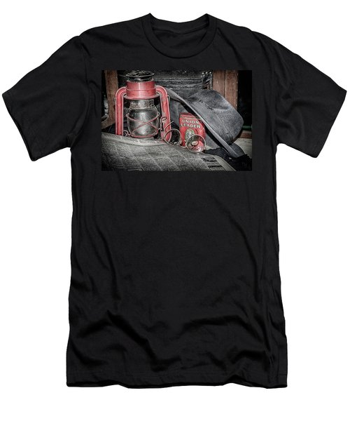 Yesterdays News Men's T-Shirt (Athletic Fit)