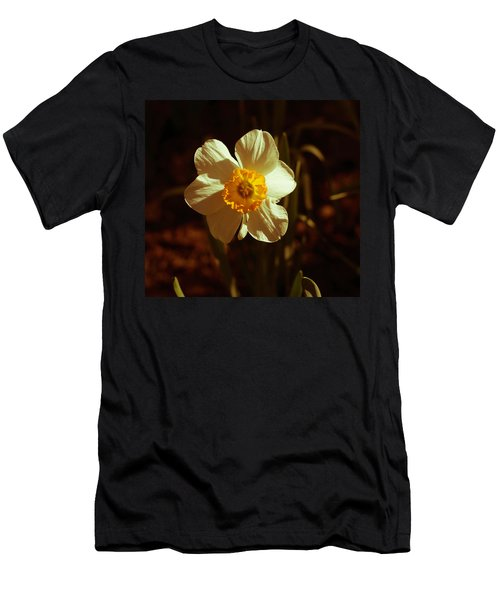 Yesteryear Daffodil Men's T-Shirt (Athletic Fit)