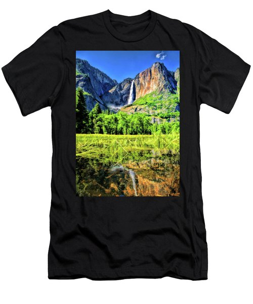 Yosemite National Park Bridalveil Fall Men's T-Shirt (Athletic Fit)