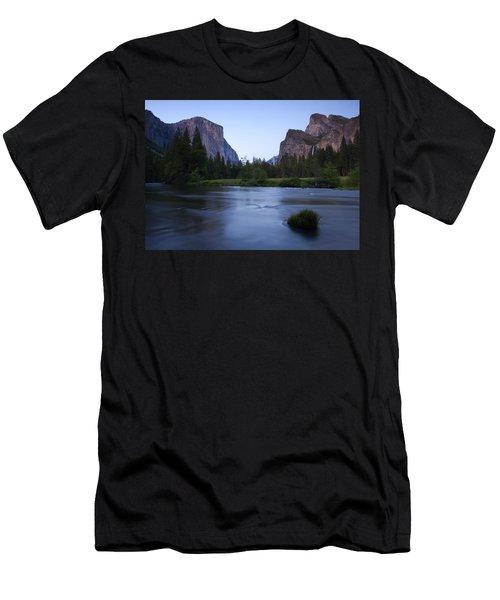 Yosemite Twilight Men's T-Shirt (Athletic Fit)