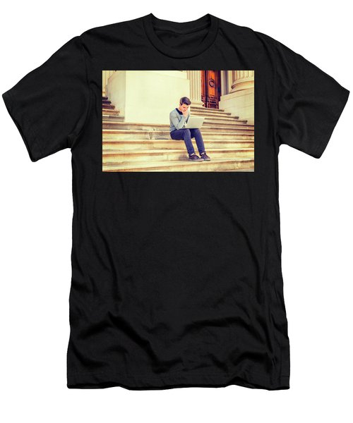 Young College Student Studying In New York 15042516 Men's T-Shirt (Athletic Fit)