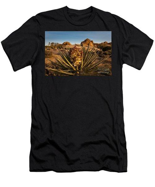 Yucca Bloom Men's T-Shirt (Athletic Fit)