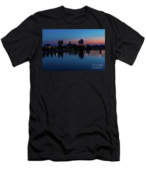 Augusta Ga - Savannah River Men's T-Shirt (Athletic Fit)