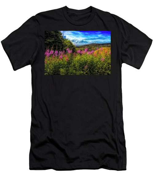 Art Photo Of Vermont Rolling Hills With Pink Flowers In The Fore Men's T-Shirt (Athletic Fit)