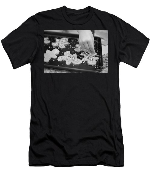 Christmas 9 Men's T-Shirt (Athletic Fit)
