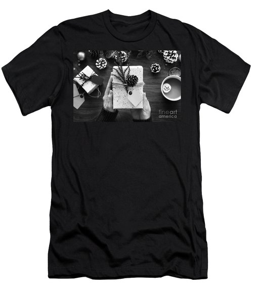 Christmas 2 Men's T-Shirt (Athletic Fit)