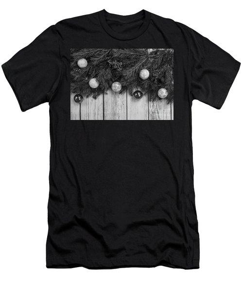 Christmas 4 Men's T-Shirt (Athletic Fit)