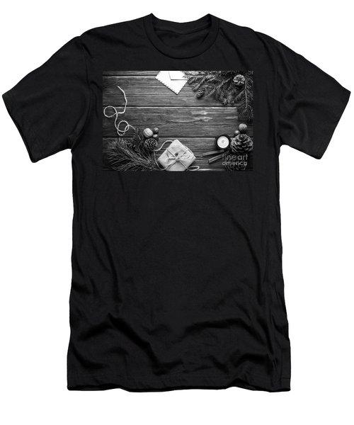 Christmas 6 Men's T-Shirt (Athletic Fit)