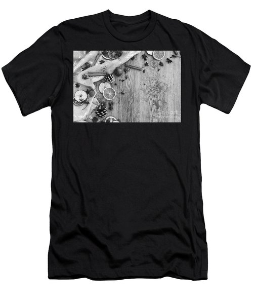Christmas 7 Men's T-Shirt (Athletic Fit)