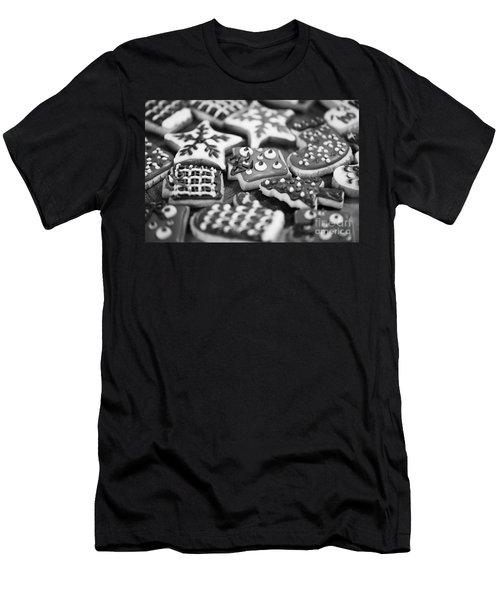 Christmas 8 Men's T-Shirt (Athletic Fit)