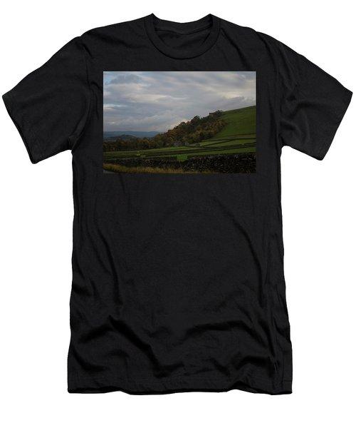 Derbyshire Stone Walls Men's T-Shirt (Athletic Fit)