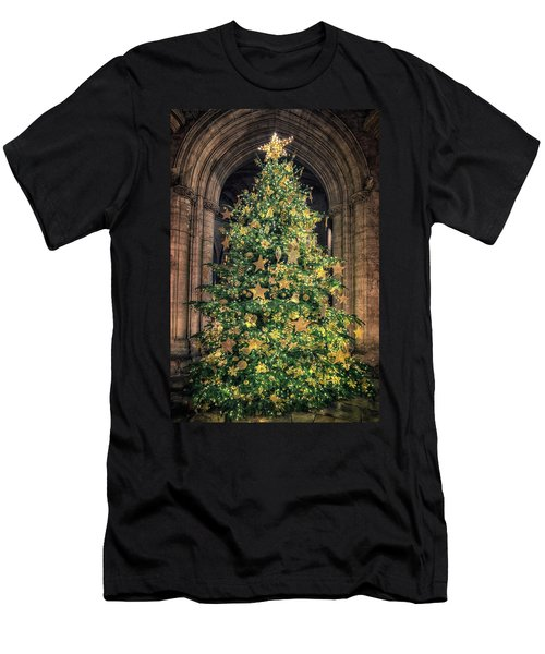 Ely Cathedral Christmas Tree 2018 Men's T-Shirt (Athletic Fit)